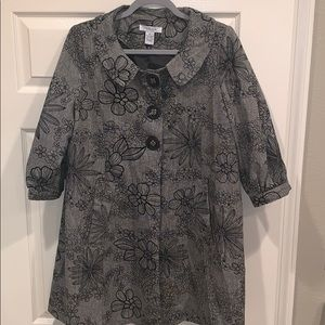Vertigo Paris Black/Dark Gray Floral Coat